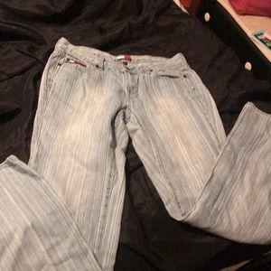 Women's Tommy Hilfiger jeans size 9